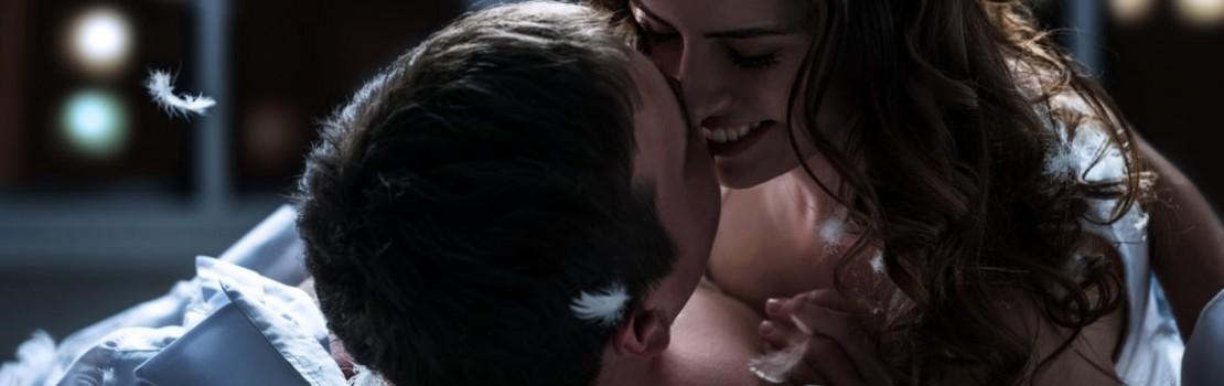 5 Jocuri Erotice care vă pot Reaprinde Scânteia Pasiunii